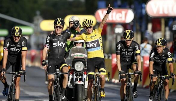 Tour de Francia: Froome toca el cielo de París por segunda vez