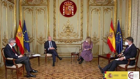 Gallardón y Catalá piden más independencia antes de que el fiscal instruya
