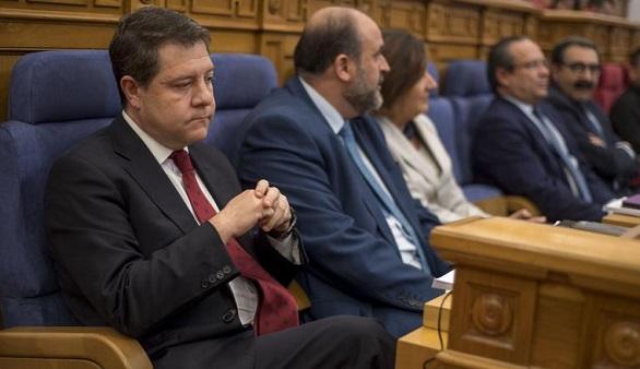 PP y Podemos tumban los presupuestos de García-Page