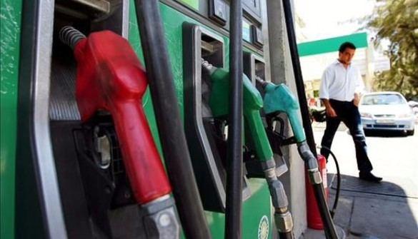 El Gobierno recurrirá a Competencia si no baja el precio de los carburantes