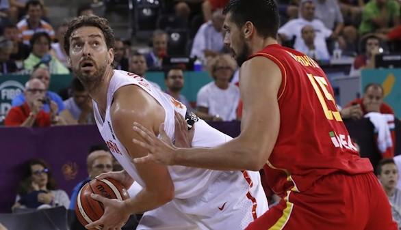 España se exhibe en el Europeo ante Montenegro 99-60