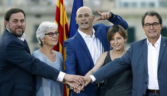 El apoyo al independentismo retrocede en Cataluña