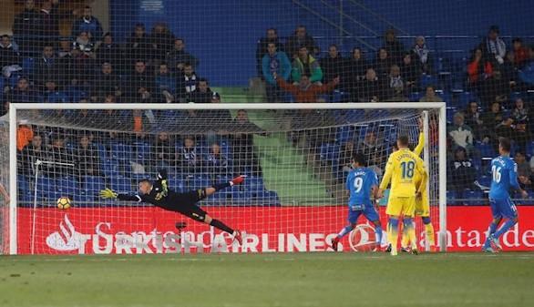 El Getafe mira a Europa y Las Palmas, al pozo |2-0