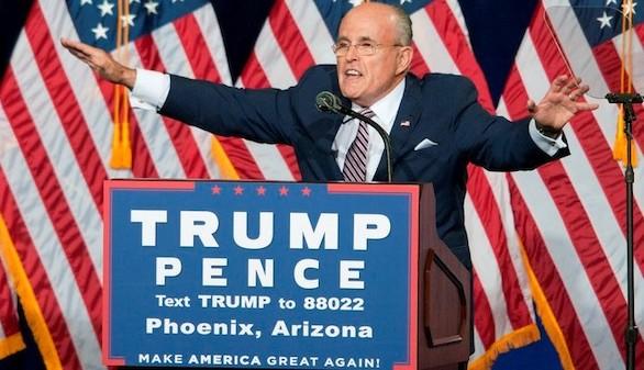 Giuliani se aparta de cualquier cargo en el equipo de Trump