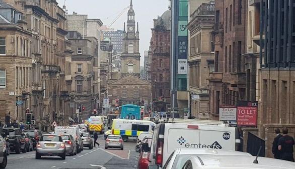 Abatido un atacante en el centro de Glasgow tras acuchillar a tres personas