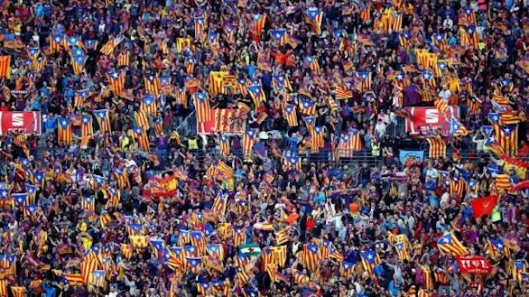 Una de las gradas del Vicente Calderón durante la final de la Copa del Rey 2016, que enfrentó a FC Barcelona y Sevilla FC.