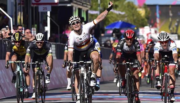 Giro de Italia. Greipel tira de poderío para enfundarse el rosa