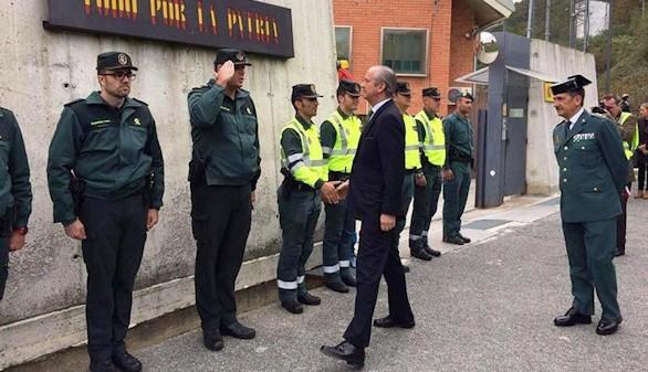 Libertad con cargos para los agresores de dos guardias civiles