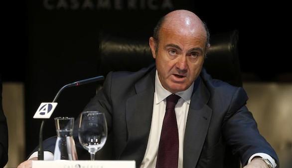Guindos: la economía española 'capea' la incertidumbre política