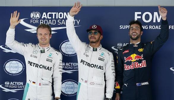 Hamilton pasa por delante de Rosberg y se lleva la 'pole'