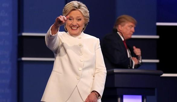 Clinton y Trump echan humor ácido a una agria campaña