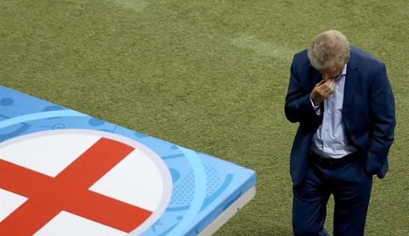 Tras el fiasco, Hodgson anuncia que renuncia en Inglaterra