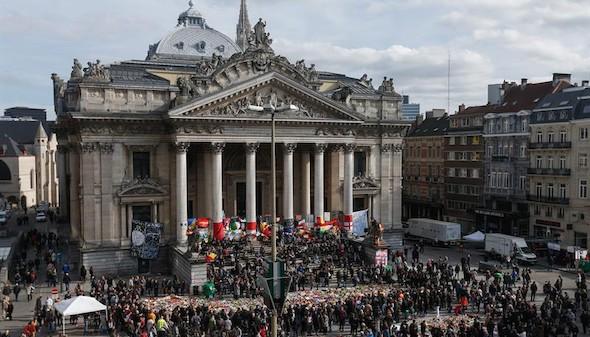 Altercados con la ultraderecha en el homenaje a las víctimas del atentado