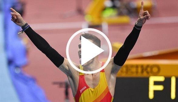 Mundiales de atletismo. Husillos ganó el oro en los 400 metros lisos pero fue descalificado
