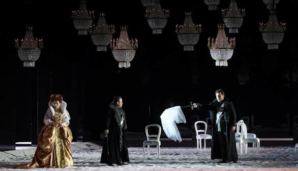 La 2 de Televisión española emite este domingo la ópera I Puritani