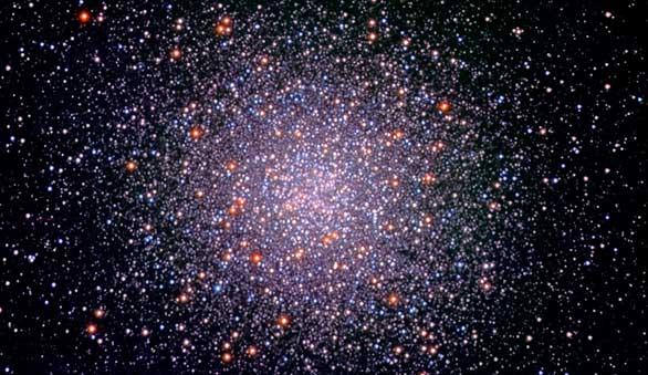 Hallada la generación perdida de estrellas en cúmulos globulares