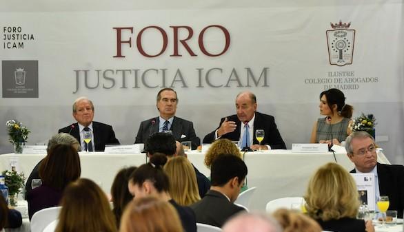 """Miquel Roca: """"Los abogados somos los principales defensores del Estado de derecho"""""""