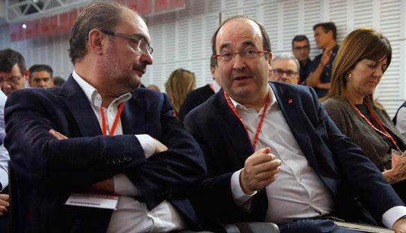 Díaz y otros críticos apoyan la consulta propuesta por Sánchez