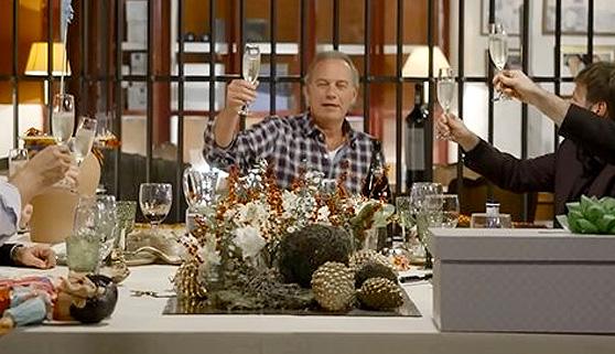 Bertín celebra el año con humoristas pero sin mejoría
