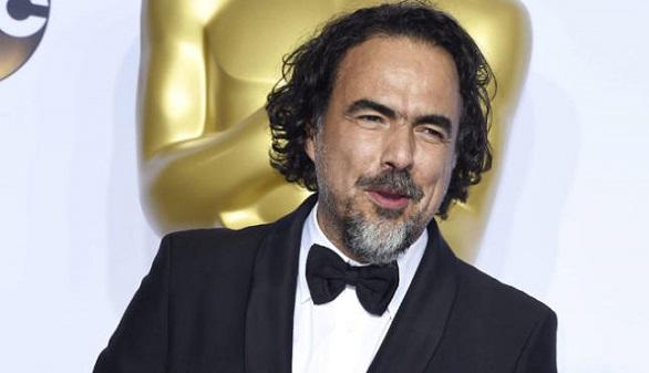 Un emocionado Iñárritu recibe el Óscar por su trabajo sobre la inmigración