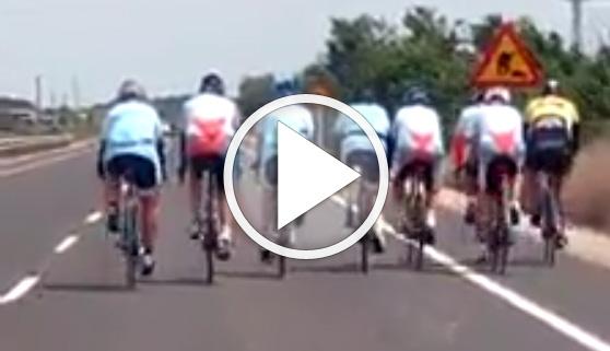 Vídeos virales. Indignación viral ante la conducta de varios ciclistas