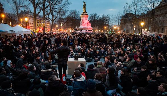 El '15M' francés, desalojado por segunda noche consecutiva