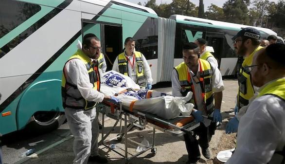Dos muertos y 22 heridos en un atentado palestino en Israel