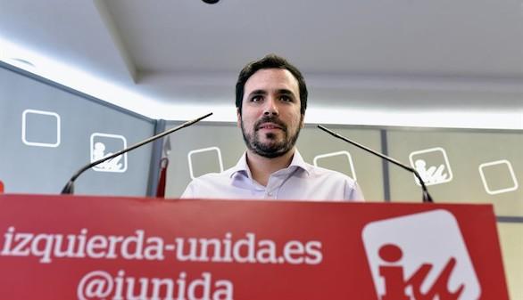 Enfado en IU porque Podemos deja a Garzón sin portavocía económica
