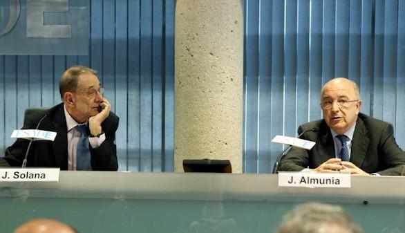 Más pesos pesados del PSOE instan a Sánchez a dejar gobernar al PP