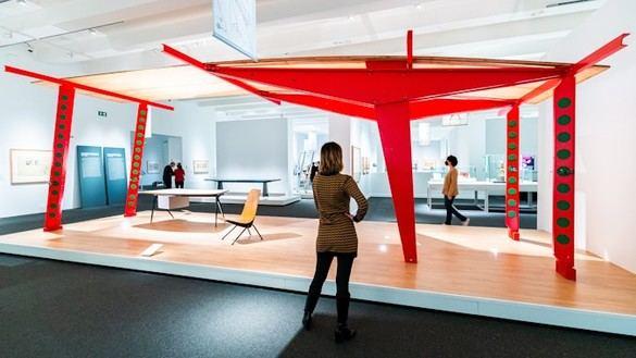 CaixaForum Madrid descubre la arquitectura industrial del diseñador Jean Prouvé