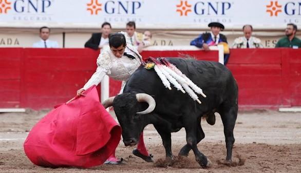 El Toro en México. El Waterloo español & peruano
