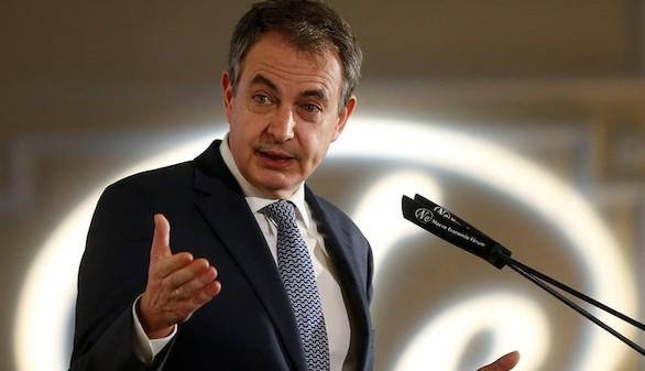 Zapatero coincide con Podemos al propugnar la vía valenciana
