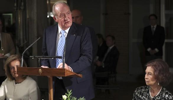 El Rey Juan Carlos ve imprescindible el consenso para la estabilidad política