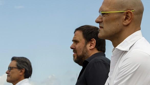 Igualdad entre partidarios y contrarios a la independencia catalana