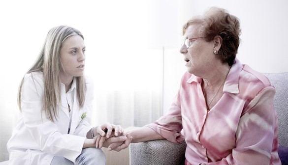 """La Fundación """"la Caixa"""" ofrece a los afectados por el coronavirus 230 profesionales para atención psicosocial"""
