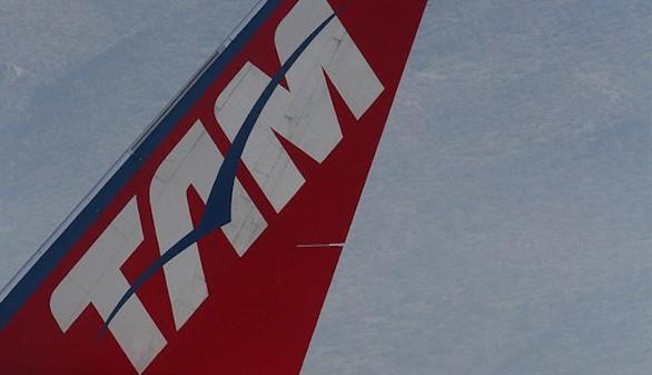 La aerolínea Latam suspende sus vuelos a Venezuela