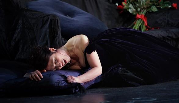 Ermonela Jaho, aclamada en el Teatro Real por su deslumbrante Traviata
