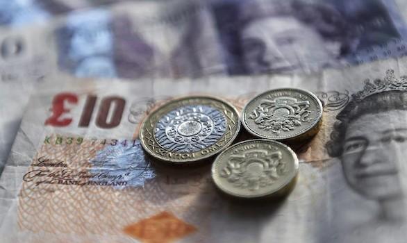 El desplome de la economía británica se deja sentir en el parqué