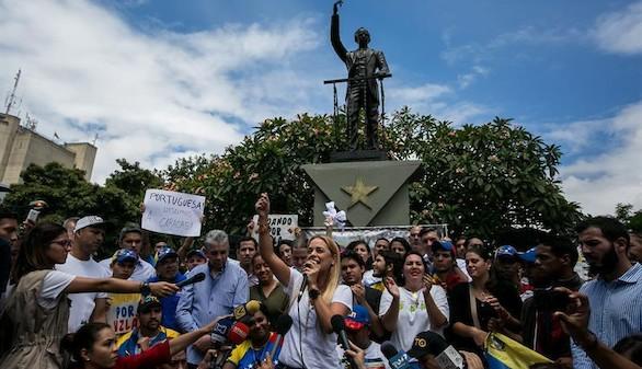 Maduro amenaza con reprimir a los manifestantes de la oposición