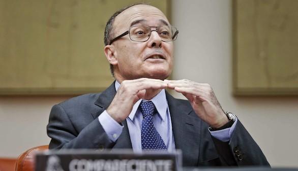 El Banco de España pide más recortes para ajustar el déficit