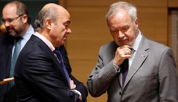 España envía a Bruselas un 'presupuesto prorrogado' para 2017