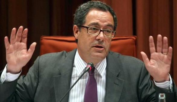 Pere Macias abandona la política nacional