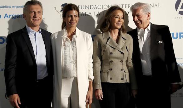 Los Macri, Vargas Llosa e Isabel Preysler: encuentro en Madrid