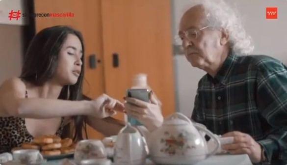 Madrid recomienda el uso de mascarilla en un vídeo con los enfermos de Ifema
