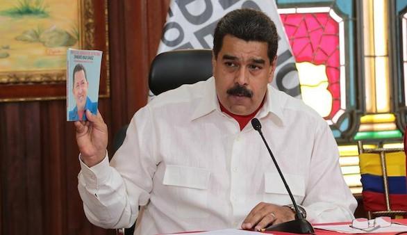 Trump impondrá sanciones 'robustas' a Maduro por la Constituyente
