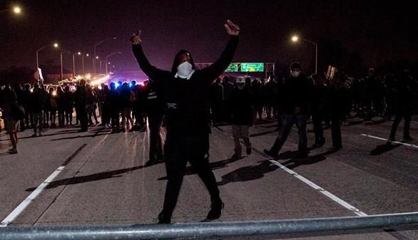 Se recrudece la violencia en las protestas contra Trump