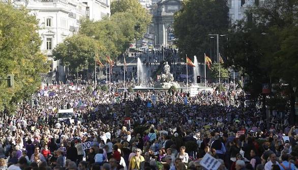 Gran marcha en Madrid contra la violencia hacia las mujeres