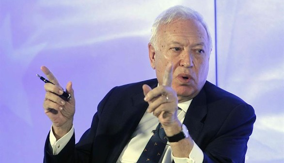 Margallo relaciona a la extrema izquierda con la paralización de inversiones