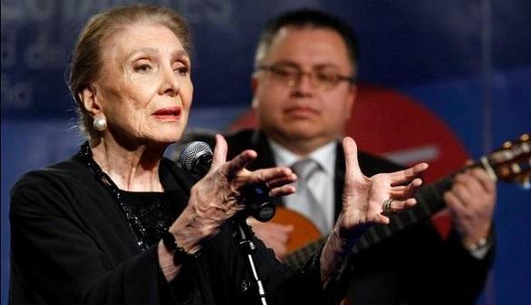 Muere María Dolores Pradera, la gran dama de la canción