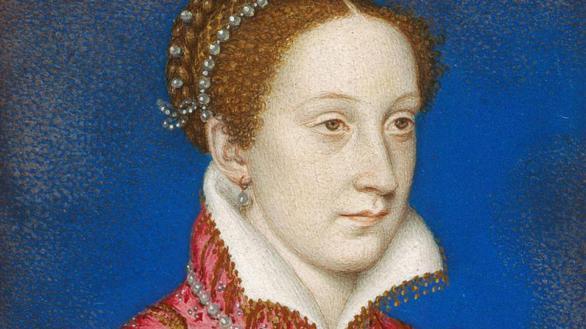 Roban de un castillo unas históricas cuentas de rosario de María Estuardo
